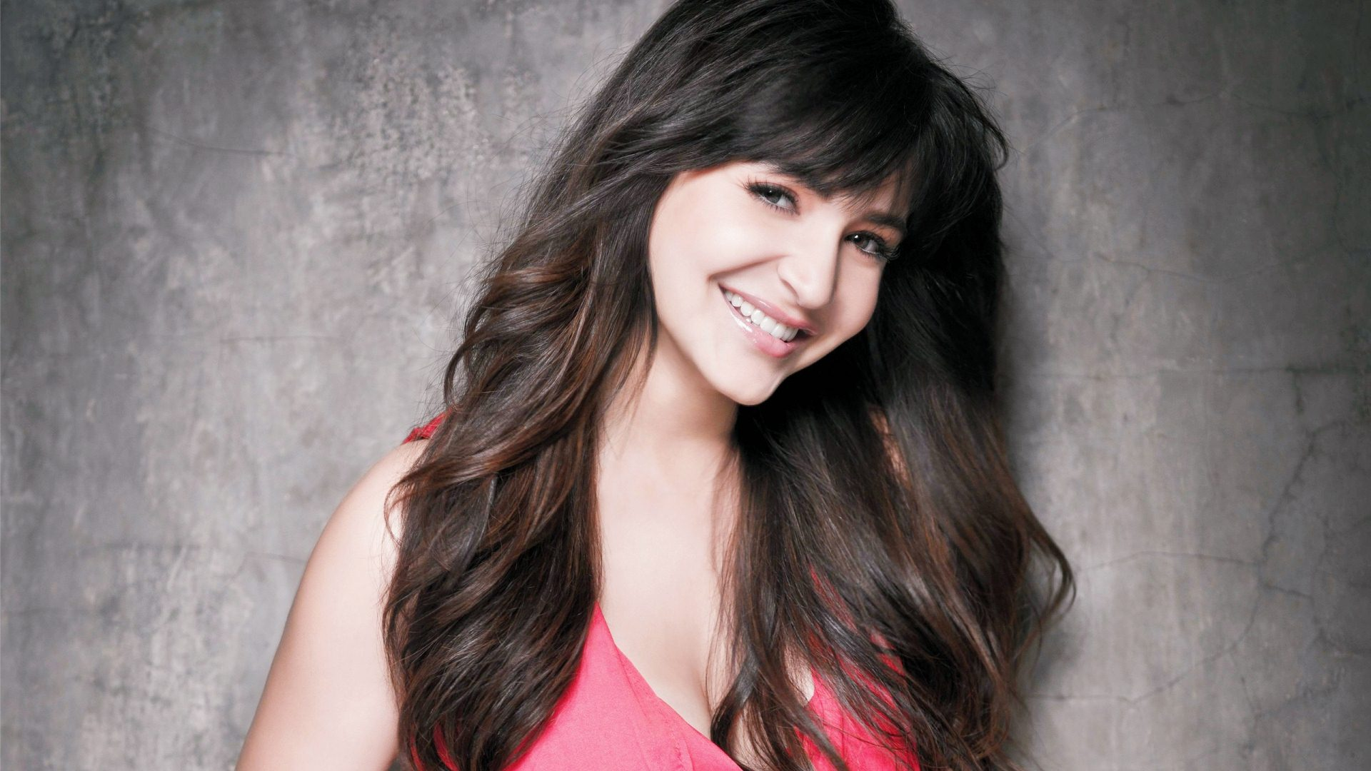 anushka sharma, the indian movie star who works maniacally and