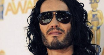 "Russell Brand: ""I say, meditation changes consciousness!"""